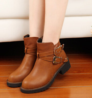 The new sleeve thick winter boots women Martin boots thick with cross-belt buckle boots ladies fashion boots 35-39 single