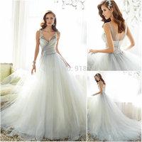 Fantastic Romantic Ball Gown Spaghetti Straps Lace Appliques Puffy Tulle Princess Romantic Wedding Dress 2015