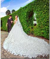 The new winter 2014 petal crystal big trailing by hand wedding dress gy134