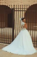 2015 Classic V Neck Corset Bodice Puffy  Luxury Wedding Dresses