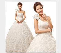The latest version of wedding dresses Neat, the bride one shoulder strapless gown with HS291