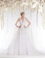 unique designer Vintage Appliqued v neck wedding dresses in turkey With shiny  Bridal Gown for winter 2015 RR-059