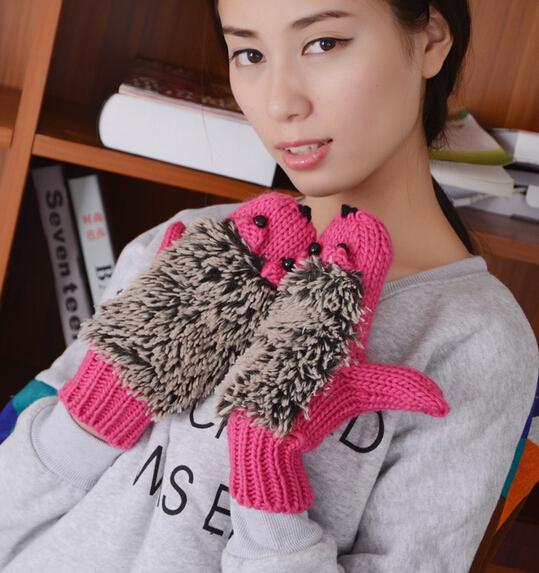 Newest fashion handmade hedgehog women gloves,Animal kids crochet mitten,CPAM free shipping(China (Mainland))