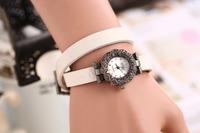 Retro elegant Bracelet Ladies fashion explosion watches Journal Watch Exquisite gift Free Shipping