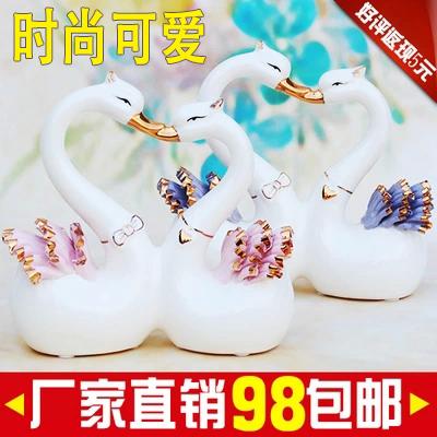 Modern minimalist living room ceramic lovers swan creative wedding gifts home decor furnishings Decoration Free shipping(China (Mainland))