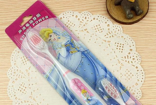 princess toothbrush cartoon toothbrush kids electric toothbrush 3packs/1lot 1pack= a wand + 2 toothbrush heads SSC1158L(China (Mainland))