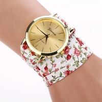 2 Colors hot sale flowers Women Bracelet Quartz Watch Women Fashion Luxury Brand Wrist Watches Vintage Casual Clock XR688