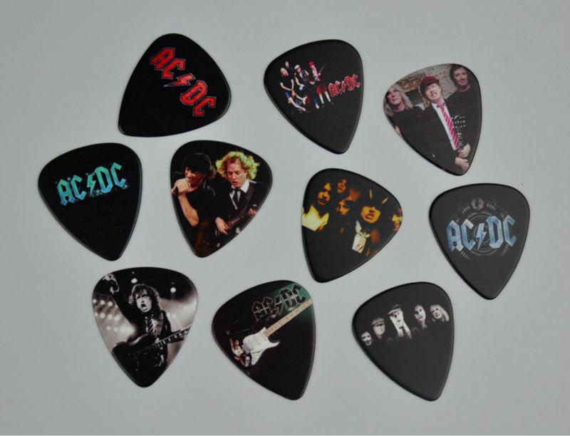 Lots of 20Pcs Rock Band AC/DC ACDC 2 sides printing Guitar Picks Plectrum Medium Size 0.71mm(China (Mainland))