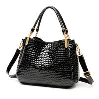 The new 2015 European and American lady crocodile grain bag large capacity single shoulder bag inclined shoulder bag handbag