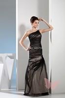 Black long single shoulder prom dress.