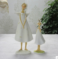 Mother and daughter mother and guardian angel elf ornaments European furnishings resin crafts ornaments home decorations