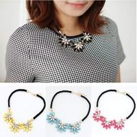 Fashion Crystal Flower Necklace Choker Bib Statement Chunky Collar Chain necklace