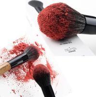 hot 1 pcs makeup Universal flame blush brush loose paint brushes brush fire tip 2014 wood nylon synthetic hair XM050