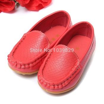 Горячая распродажа евро размер 21-25 детская обувь дети искусственная кожа кроссовки для мальчиков и девочек лодка обуви скользить по мягкой подошвой свободного покроя квартиры
