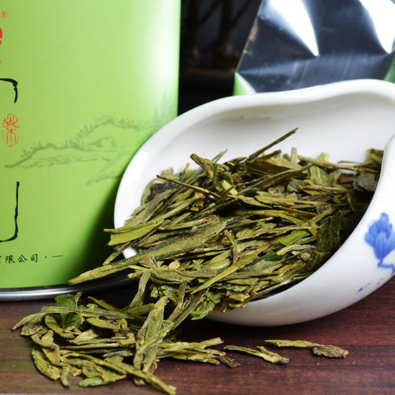 2014 new super Hangzhou West Lake Longjing green tea 50g China 's top ten tea refreshing seductive fragrance first(China (Mainland))