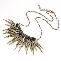 Hot Sale Punk Style Rivet Tassel Collar Fashion Long Chain Antique Bronze Plated Vintage Spike Pendant Necklace