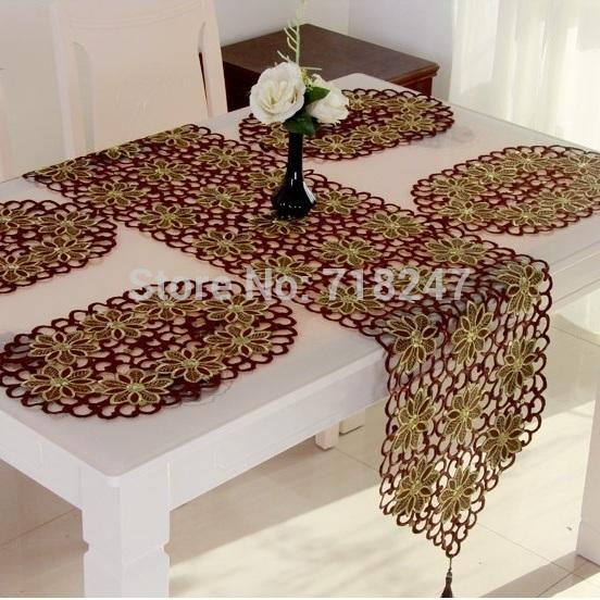 table  Embroidery elegant Table Mesa Elegant Christmas Red Runner Hot   de christmas runner Toalha