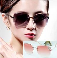 2015 Trendy Fashion Sunglasses Luxury Ladies Butterfly Designer Exclusive Brand Embellishment Sunglasses Women Glasses Female 01