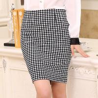 New 2015 Women Skirt Slim Hip Pencil Skirt Black And White Houndstooth Elastic Skirt Spring And Summer Female Short Skirt