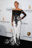 Free Shipping 2015 Mermaid Long Sleeve Off Shoulder Applique Sheer Paris Hilton Red Carpet Formal Prom Celebrity Dress Gown