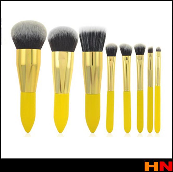 Lemon Yellow Makeup Brush