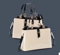 2015  high quality Aristocratic women messenger bags shiny patent leather desigual bag fashion wedding party bag bolsos desigual