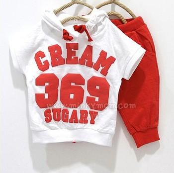 Новый 2015 летом детская одежда комплект девочек мальчиков одежда детская одежда детей спортивные костюмы футболки + трусов крем 369 сладких