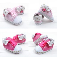 New Arrivals sequined flower 2015 stitching leather pu toddler baby girls shoes children's pre walker new born shoes 3306