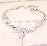 Wholesale New Fashion Crystal Couples Bracelets Key Pendant Individuality Handcuffs Women Accessories Bracelet FB0281