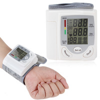 Portable LCD Automatic Digital Wrist Blood Pressure Monitor Meter Electronic Blood Pressure Cuff Device Pulse Sphygmomanometer