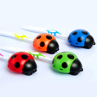 Cute Ladybug Automatic Toothbrush Sucker Plastic Toothbrush Holder Acessorios Para Banheiro Bathroom Accessories Set YS1005