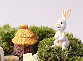 Одна часть белый кролик 6 см миниатюры кролик фея сад гном мосс террариум домашнего декора ремесла бонсай домашнего декора для DIY