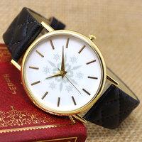 New Women Watch Round Dial Snowflake  Leather Band Buckle Quartz  Wrist Watch Gift W041501-6