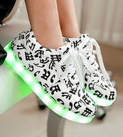 Spring 2015 Specials hot Selling emitting luminous casual shoes men women couple LED lights shoe fashion sneakers Fluorescence