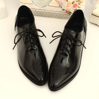2015 British Style With The Single Shoes Brockden Carved Pointed Toe Flat Strap Fashion Patent Leather 2015 Women's Oxfords Shoe