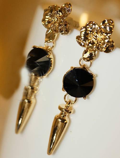 Declaração de estilo barroco 18 k gold filled cristal flor Rhinestone Cone Rivet prego pingente brincos moda jóias(China (Mainland))