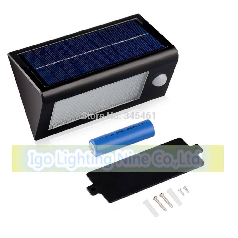 Brennenstuhl Hochleistungs-LED-Leuchte L8PIR IPmit