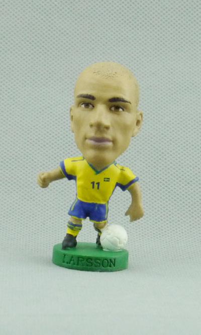 Genuine Corinthian bulk the Swedish national team football LARSSON dolls(China (Mainland))