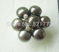 black 7-pearl rhinestone floral ring