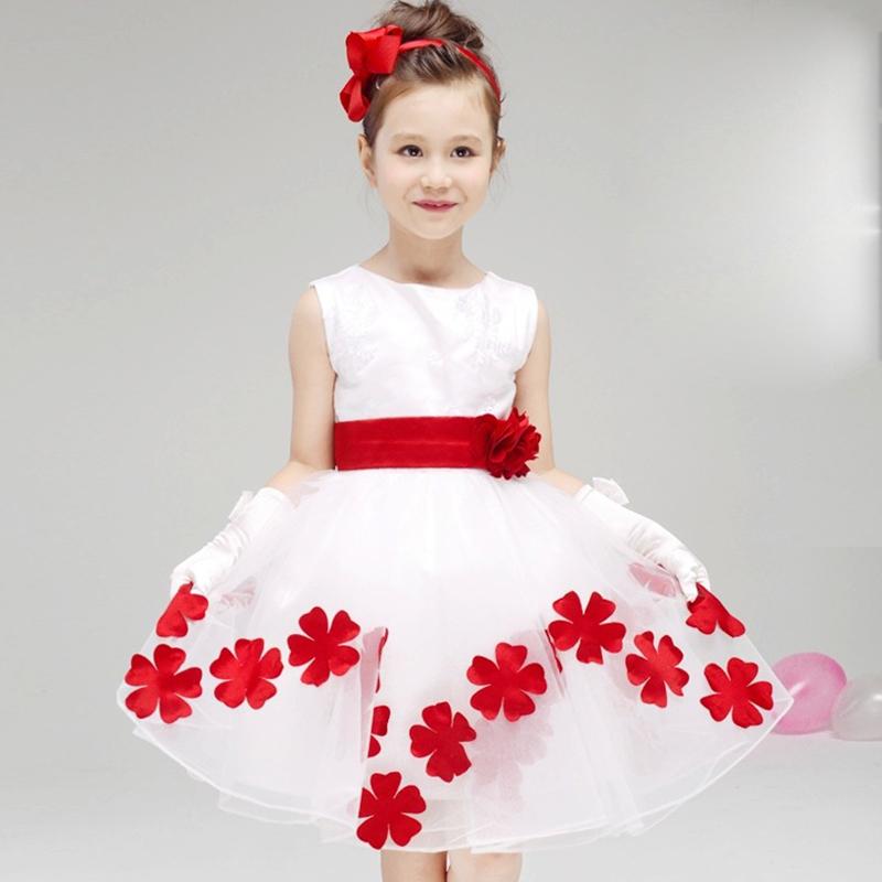 Украсить белое платье для девочки своими руками
