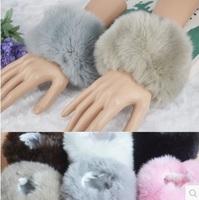 Autumn and oversized fox fur imitation leather cuff Korean female grass thick wool wrist cuff bracelet hand ring