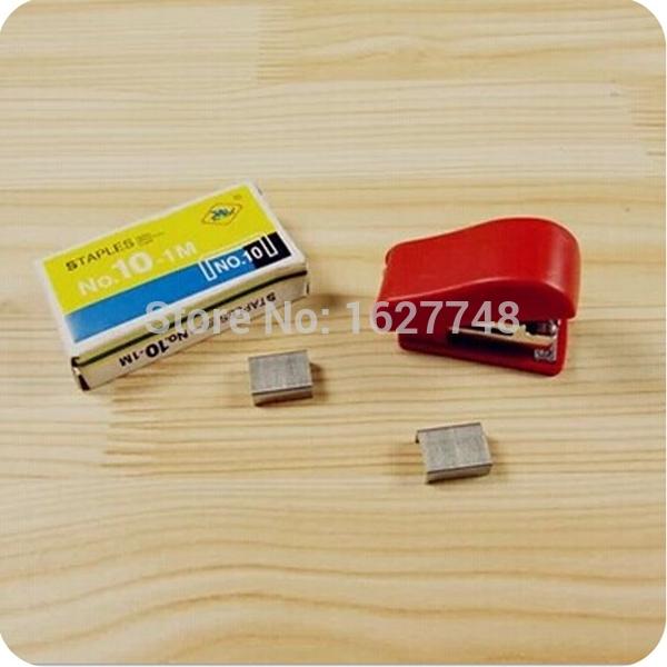 Mini portable stapler, office supplies No. 10 mini stapler with a box staples(China (Mainland))