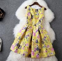 Hot European High Quality Designer Dress Women's Charming Sleeveless Yellow Squirrel Print Pleated Tank Dress Casual Dress XL