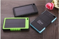 2014 New style with carabiner outdoor 8000Mah solar power bank Waterproof mobile External power Battery Pack