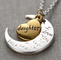 """5pcs/lot Vnistar heart daughter and  """"I love you to the moon and back"""" charm necklace JN501-2"""