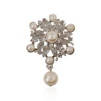 cheap hot sell Gift Fashion Wedding Brooch Crystal Rhinestone Flower Pearl Pins Women Brooches men jewelry broches hijab pins