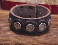 G112 Black Designer Metal Skull StudsRetro Leather Mens Wristband Bracelet Cuff