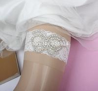 New Butterfly Design Wedding garter Rhinestones Applique Lace bridal Garter Handmade White color
