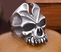 Freeshipping Goth vintage rings Man's fashion punk rings skull titanium steel  never rust or tarnishe cocktail ring