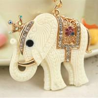 Novelty Items Fashion Rhinestone Crown White Elephant Keychain Cute Animal Key Chains Ring Holder Trinket Gift Decoration